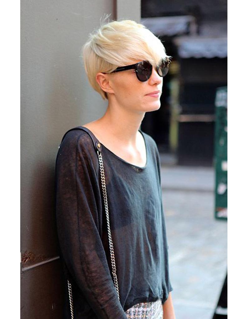 coupe de cheveux courte pour femme hiver 2015 les plus belles coupes courtes de 2018 elle. Black Bedroom Furniture Sets. Home Design Ideas