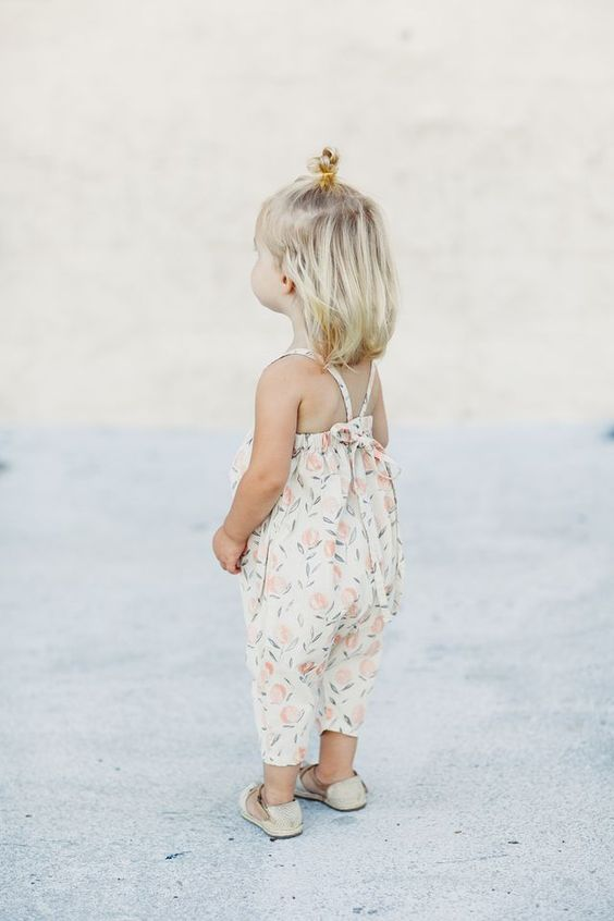 coiffure petite fille 2 ans 40 coiffures de petite fille. Black Bedroom Furniture Sets. Home Design Ideas