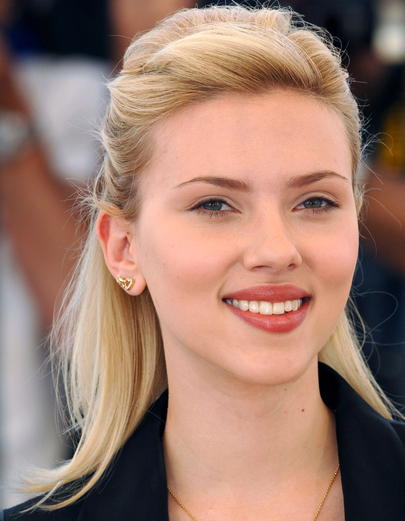 Avant Scarlett Johansson Blonde Coloration De Stars