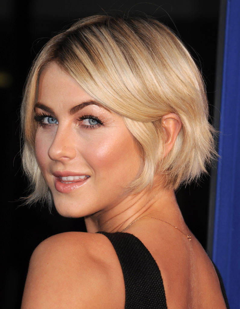le carr flou de julianne hough le carr flou nouvelle coupe pr f r e des stars elle. Black Bedroom Furniture Sets. Home Design Ideas
