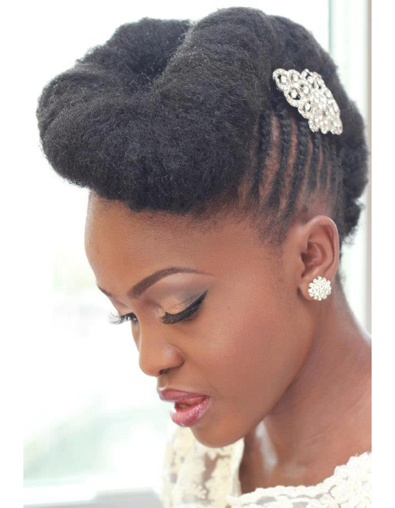 coiffure de mari e chignon r tro les plus jolies coiffures de mari e pour s inspirer elle. Black Bedroom Furniture Sets. Home Design Ideas