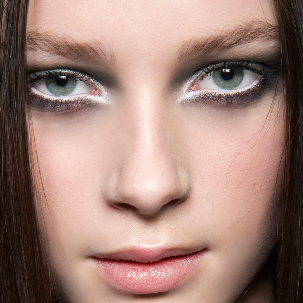 maquillage qui ouvre le regard
