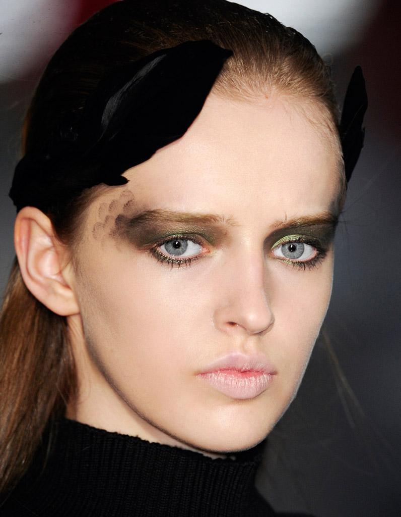 Les 25 meilleures ides de la catgorie Maquillage paon