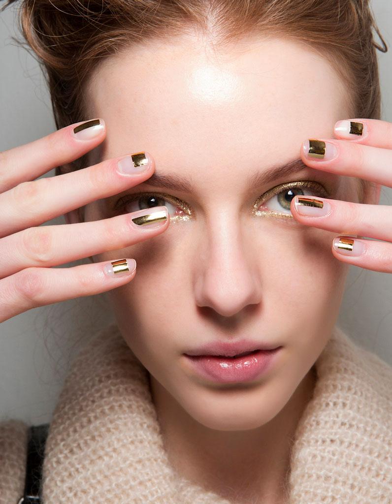 Top Maquillage doré : 25 façons de porter le maquillage doré - Elle BP46