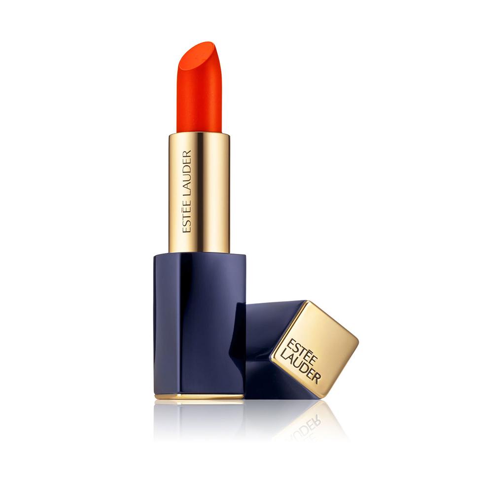 rouge l vres orange est e lauder 20 rouges l vres orange qui illuminent l automne elle. Black Bedroom Furniture Sets. Home Design Ideas