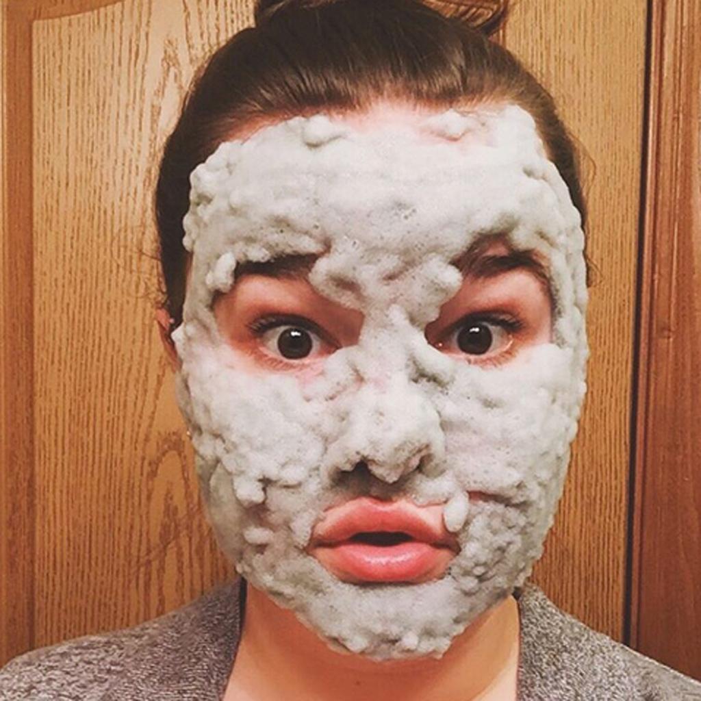 bubble mask tout savoir sur le bubble face mask elle. Black Bedroom Furniture Sets. Home Design Ideas