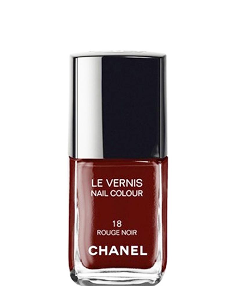 Vernis ongles rouge noir chanel 22 90 50 produits de beaut tester au moins une fois - Vernis a ongle noir ...