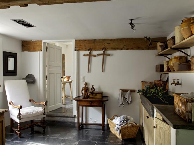 D co minimaliste dans une ferme belge elle d coration - Cuisine style fermette ...
