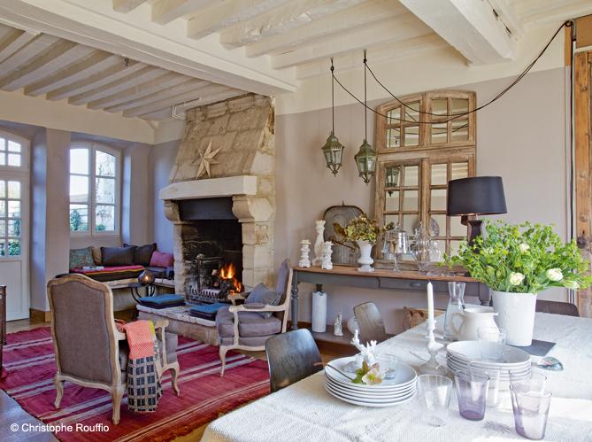 Maison en normandie une d co chic et classique elle d coration - Salon decorer pour petits espaces designs de salon qui fonctionnent ...