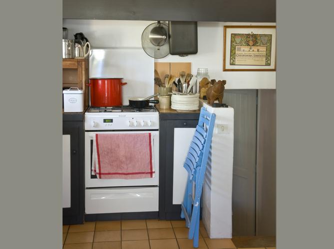 Une maison bleue noirmoutier elle d coration for Maison et decoration cuisine