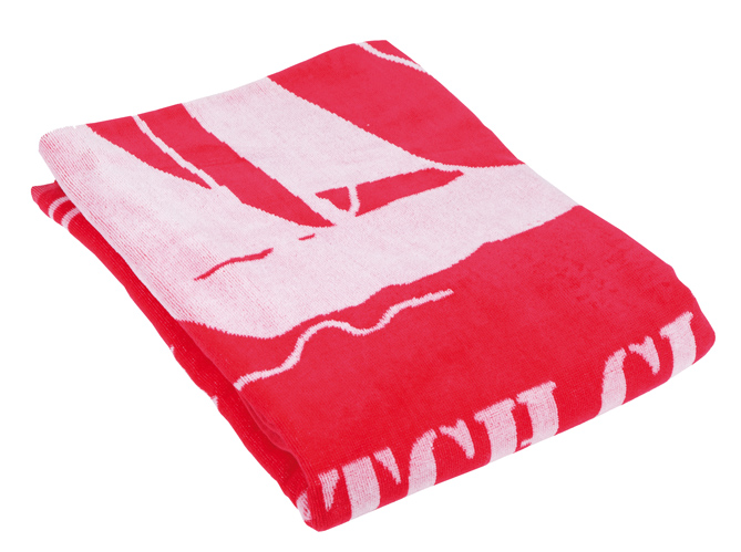 une serviette de plage tendance cet t elle d coration. Black Bedroom Furniture Sets. Home Design Ideas
