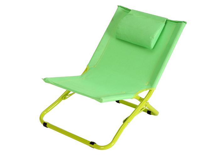 20 meubles de jardin pour vos enfants elle d coration for Chaise longue pliante gifi