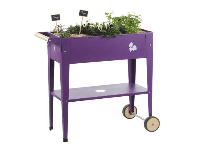 Petits potagers 16 solutions faciles elle d coration for Table exterieur jardiland