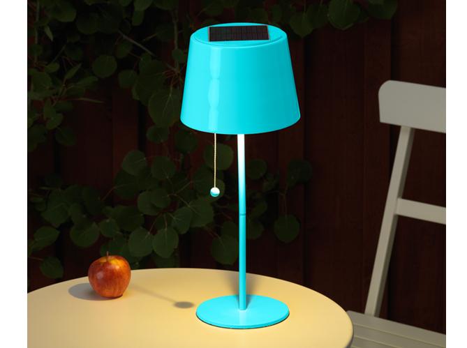 Eclairage table de jardin elle d coration for Lampe de jardin exterieur