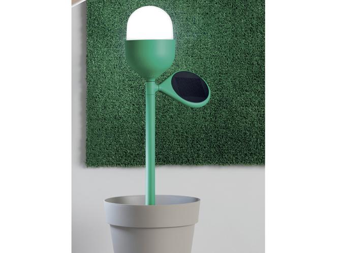 J 39 illumine ma terrasse elle d coration for Lampe solaire pour portail