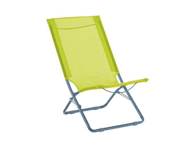 cet t les meubles color s s invitent au jardin elle. Black Bedroom Furniture Sets. Home Design Ideas