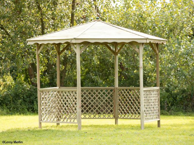 Pergolas et gloriettes l architecture au jardin elle for Pergola bois jardiland