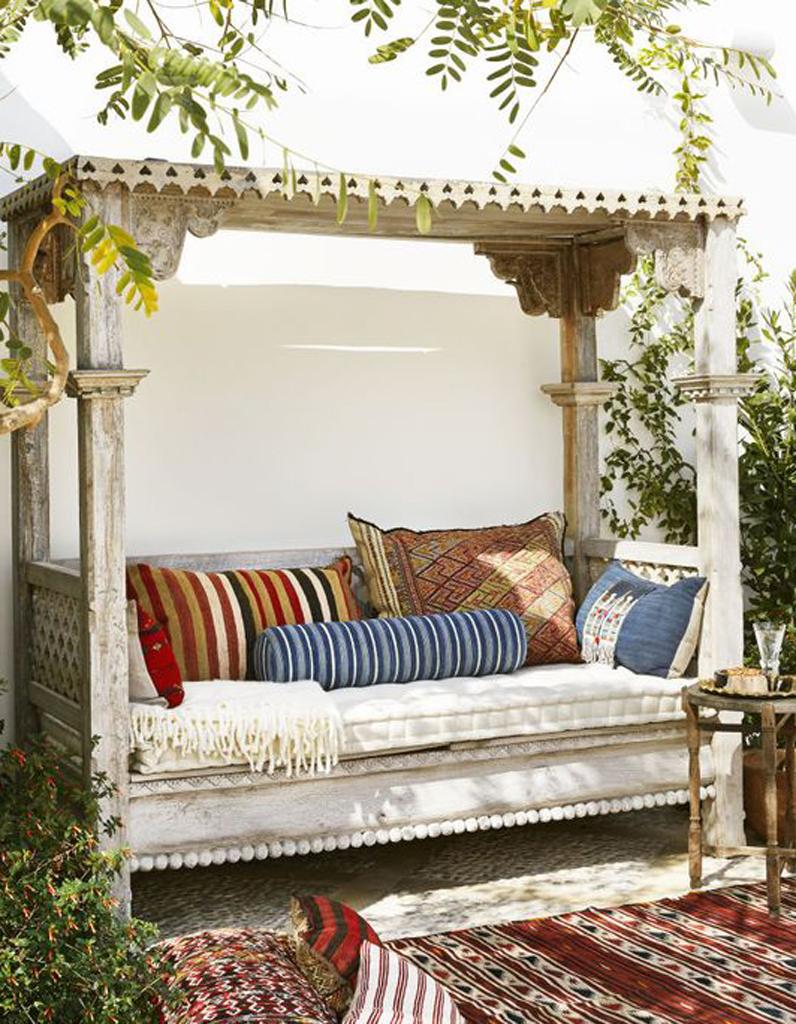 Sieste au jardin 20 inspirations pour une pause 100 zen for Decoration jardin 100 m2