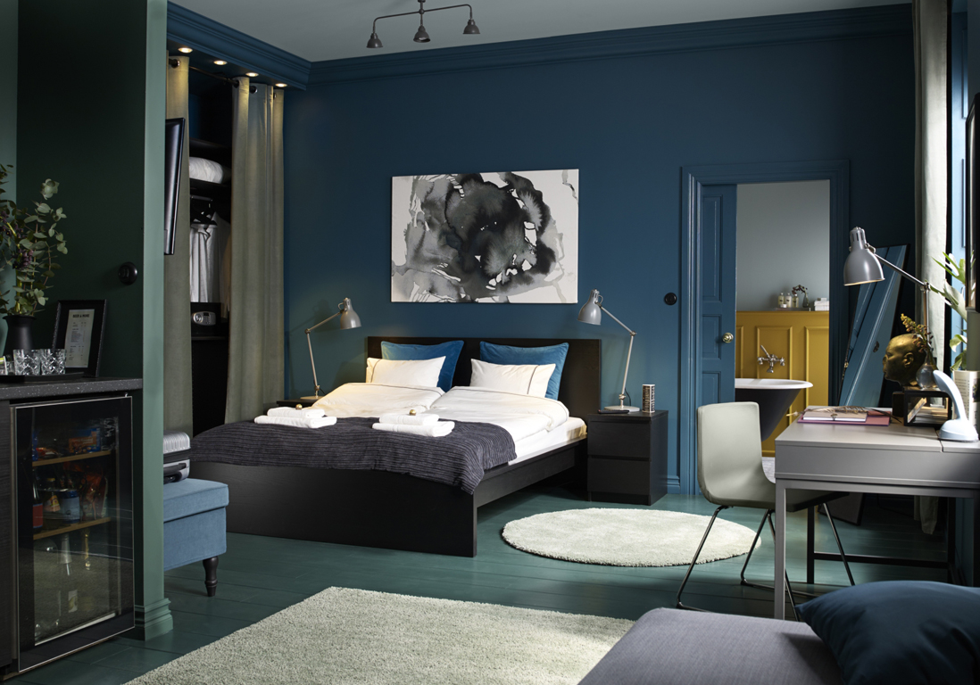 le bleu roi de nos int rieurs elle d coration. Black Bedroom Furniture Sets. Home Design Ideas