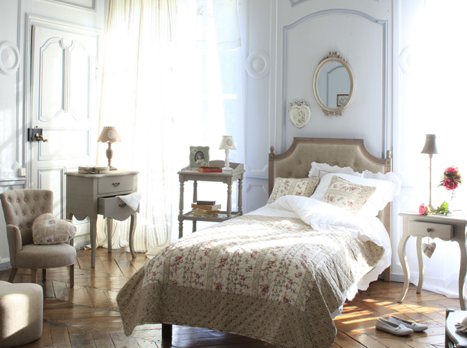 Chambre romantique elle d coration for Sites de decoration maison