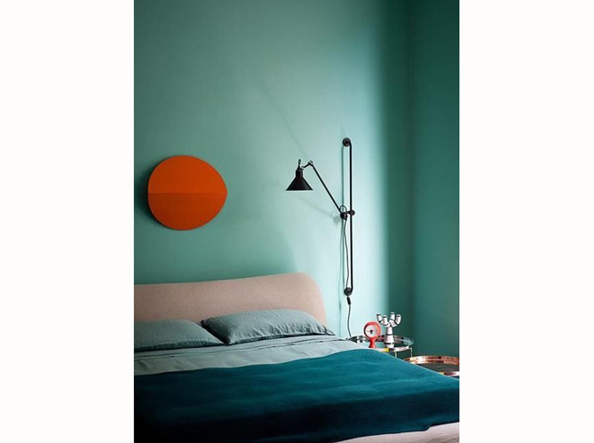 chambre bleu canard et rouge avec des id es. Black Bedroom Furniture Sets. Home Design Ideas