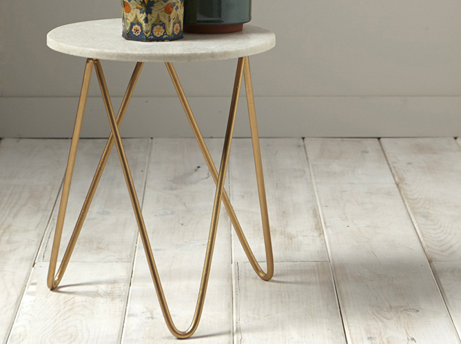 50 tables de chevet pour tous les styles elle d coration - Table de nuit pour lit mezzanine ...