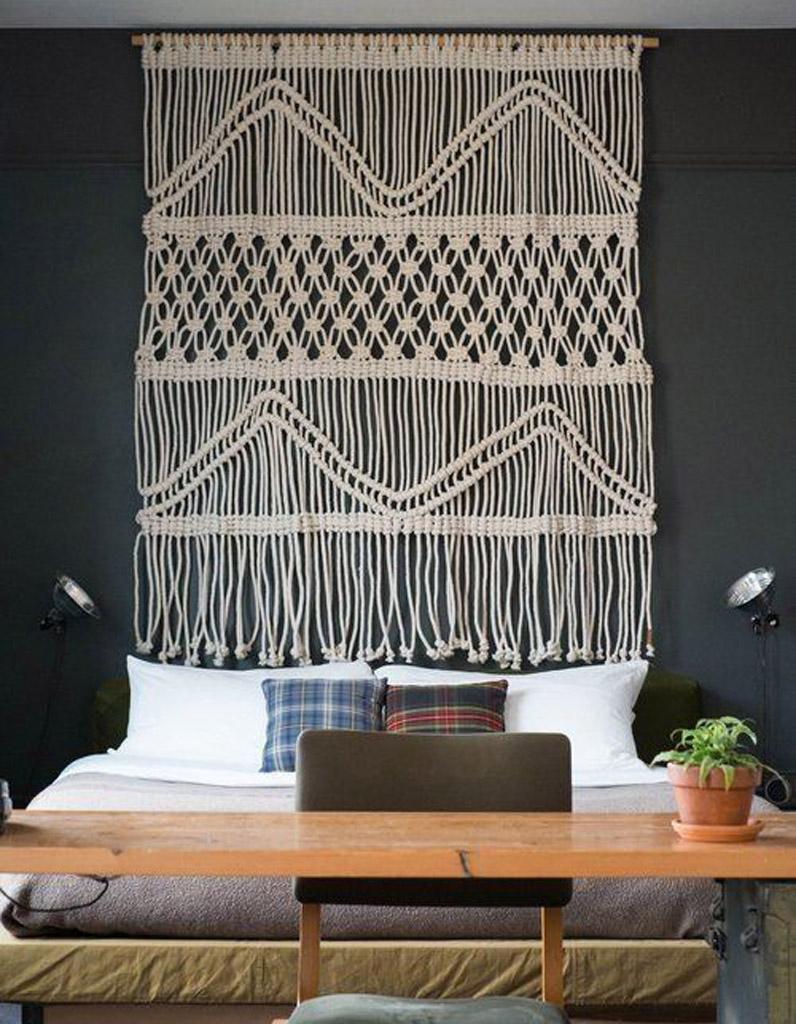 une tete de lit best faire une tte de lit en palette avec des rangements pour un lit simple. Black Bedroom Furniture Sets. Home Design Ideas