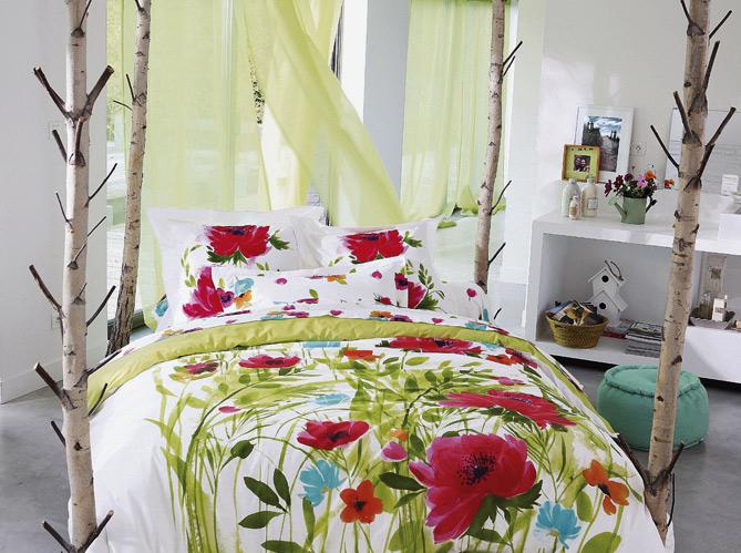 Une chambre printani re elle d coration - Deco campagne francaise ...