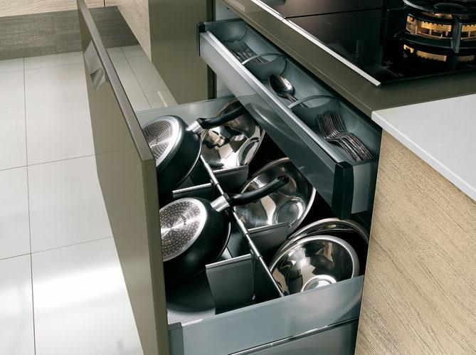 30 meubles de cuisine pour faire le plein de rangements elle d coration - Ikea rangement tiroir cuisine ...