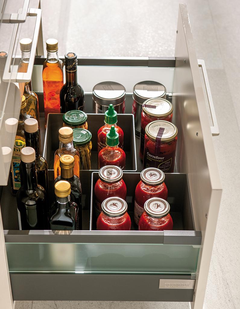 15 id es pour am nager une petite cuisine elle d coration - Organisateur tiroir cuisine ...