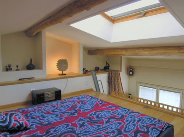 Des chambres id ales pour des petites surfaces elle d coration for Amenagement chambre mezzanine