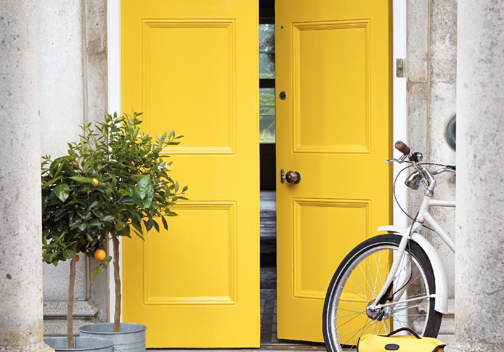 Dis moi de quelle couleur est ta porte d entr e je te dirai qui tu es elle d coration - Porte d entree qui ferme mal ...