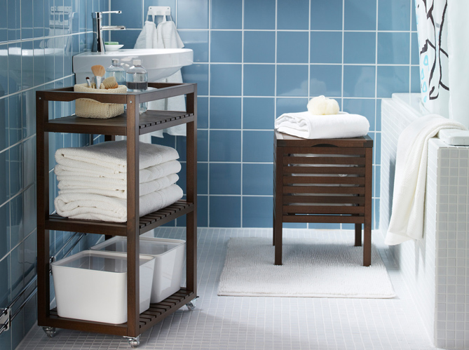 petite salle de bains les meubles qu 39 il vous faut. Black Bedroom Furniture Sets. Home Design Ideas