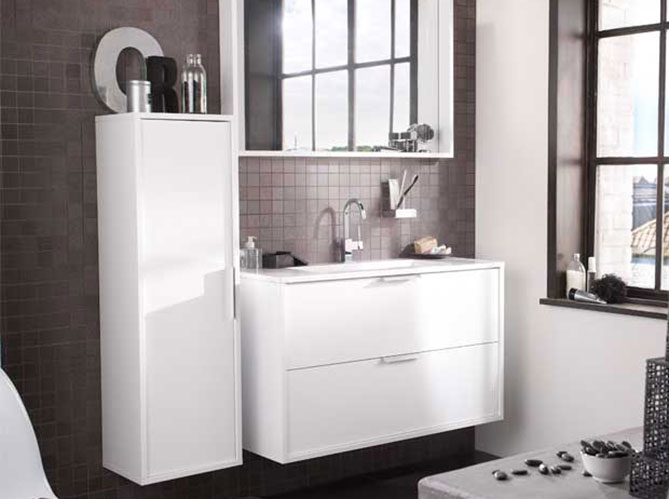 lapeyre mise sur le gain de place dans la salle de bain elle d coration. Black Bedroom Furniture Sets. Home Design Ideas