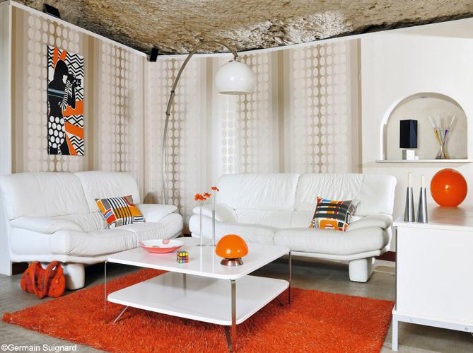 20 petits salons plein de caract re elle d coration. Black Bedroom Furniture Sets. Home Design Ideas