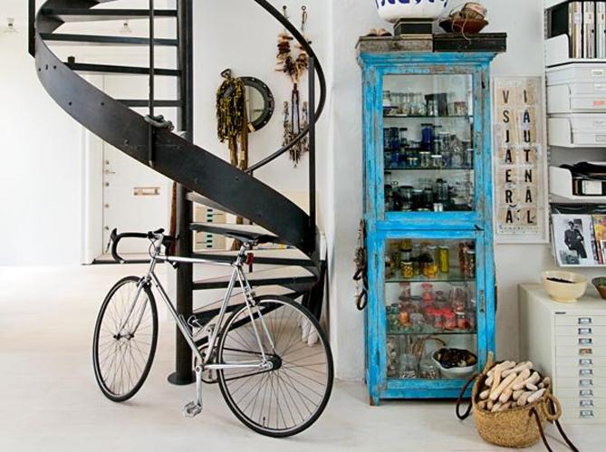 pour ou contre le v lo dans votre d co elle d coration. Black Bedroom Furniture Sets. Home Design Ideas