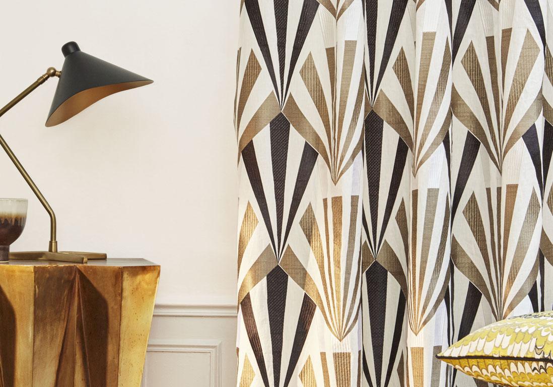 des id es de rideaux pour faire r ver vos fen tres elle. Black Bedroom Furniture Sets. Home Design Ideas