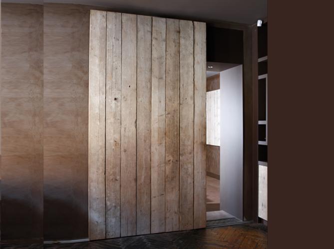 Les portes coulissantes jouent les cloisons avec succ s - Porte coulissante style industriel ...