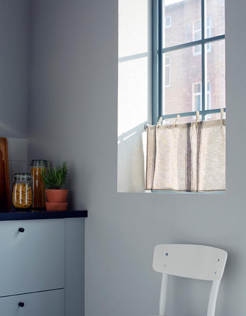 ces d tournements de meuble et objet ikea sont dingues elle d coration. Black Bedroom Furniture Sets. Home Design Ideas