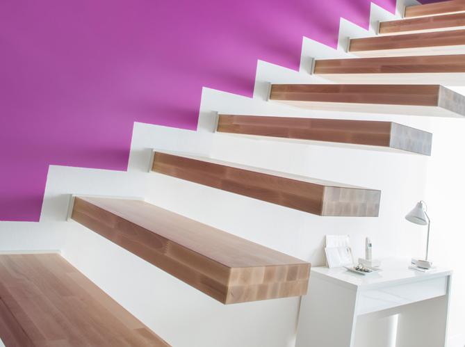 Id es d co pour relooker son escalier elle d coration - Idee deco mur escalier ...