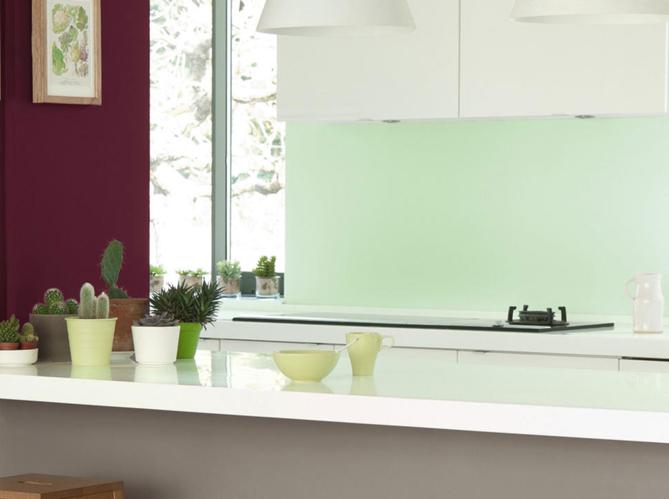 Association couleurs peinture vert for Peinture mur vert