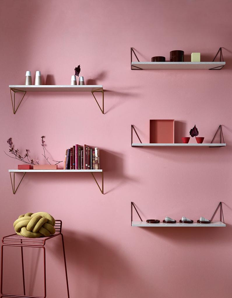 vide poche mural salle de bain etagre duangle murale. Black Bedroom Furniture Sets. Home Design Ideas