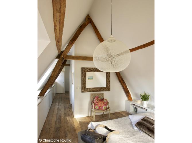 35 chambres sous les combles elle d coration. Black Bedroom Furniture Sets. Home Design Ideas