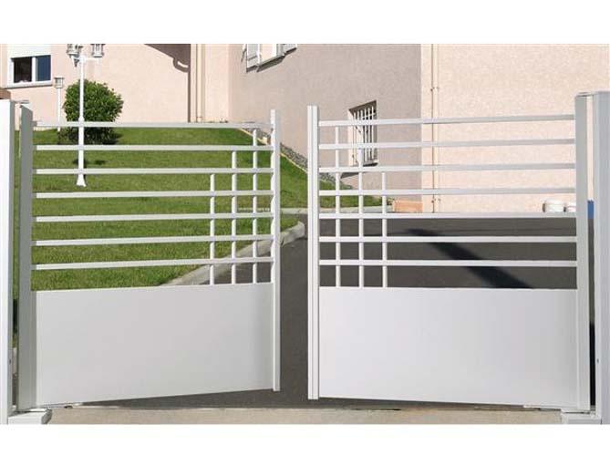 Un portail pour tous les styles elle d coration - Portail pour maison pas cher ...