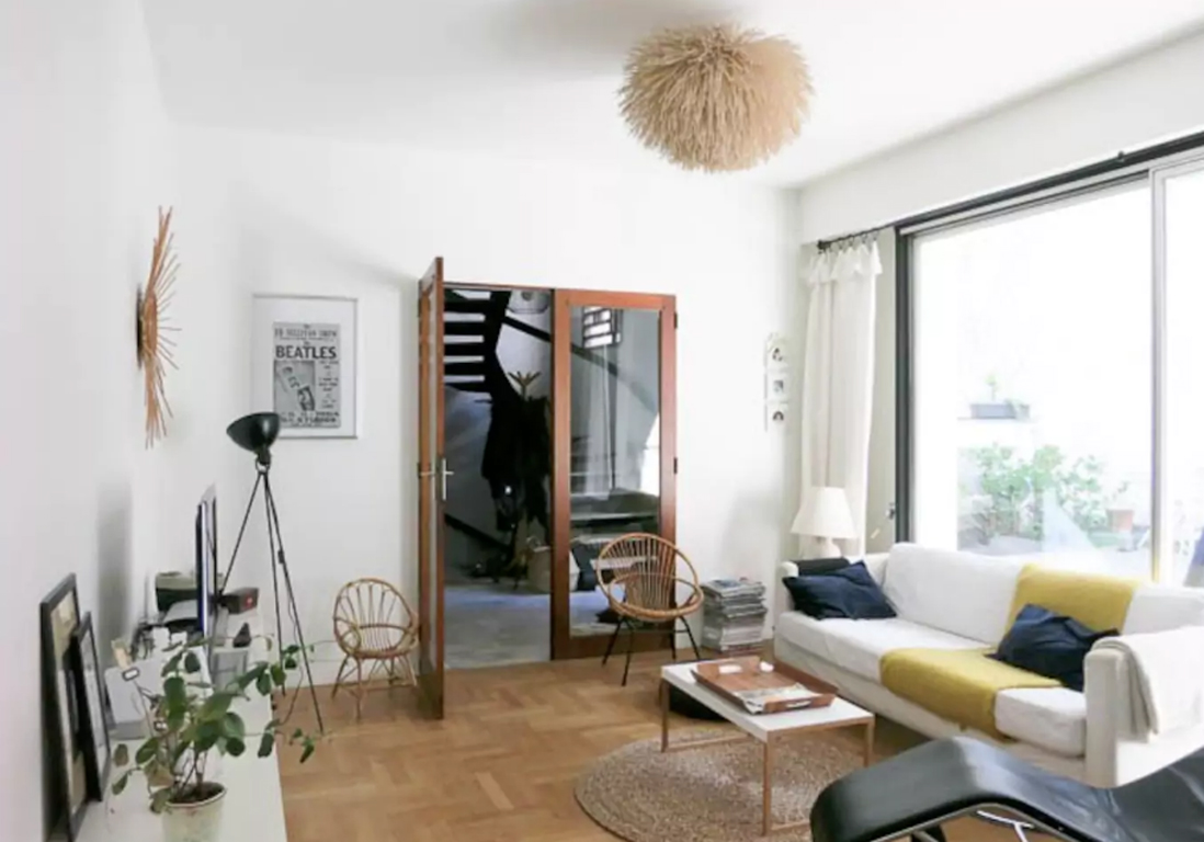 airbnb bordeaux 30 villas lofts et appartements de r ve louer bordeaux elle d coration. Black Bedroom Furniture Sets. Home Design Ideas