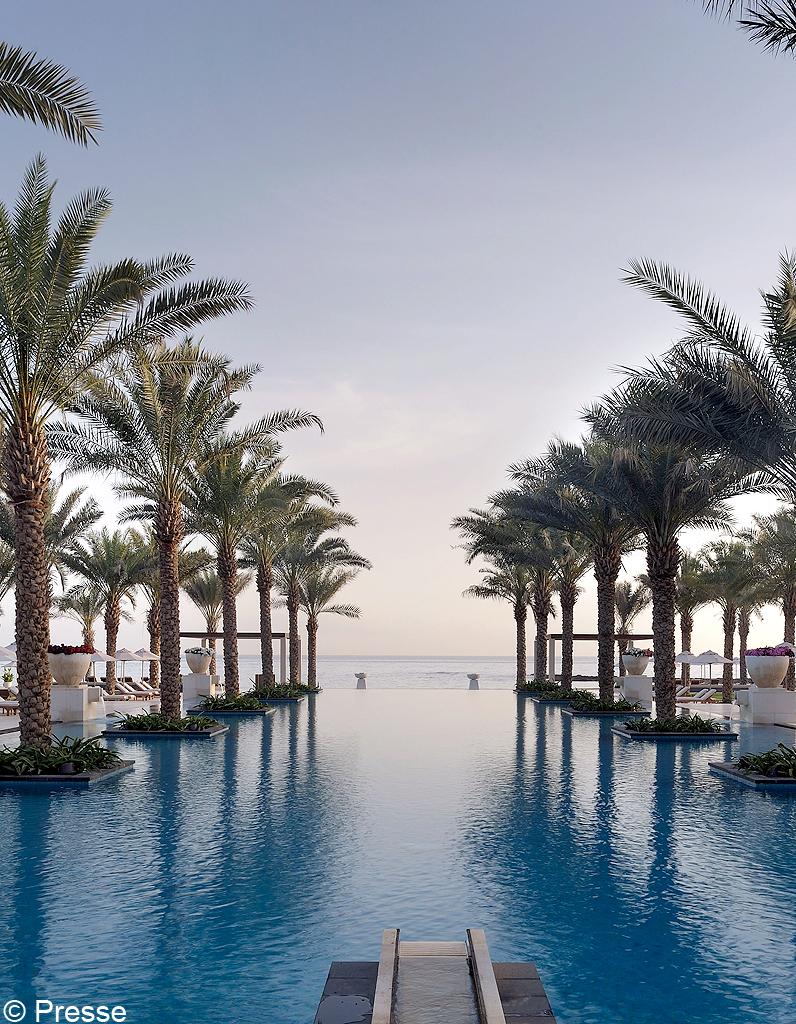 Evasion les 25 plus belles piscines d h tel elle d coration - Plus belles piscines ...