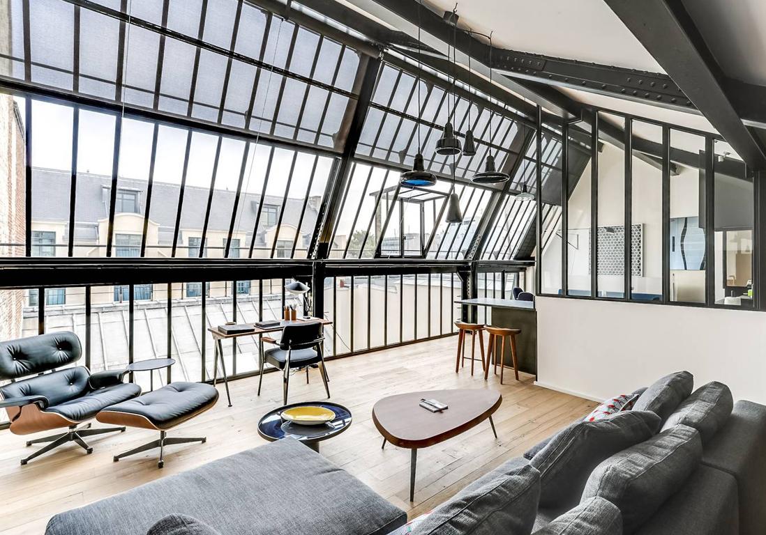 Les plus beaux appartements parisiens disponibles sur for Photo appartement design