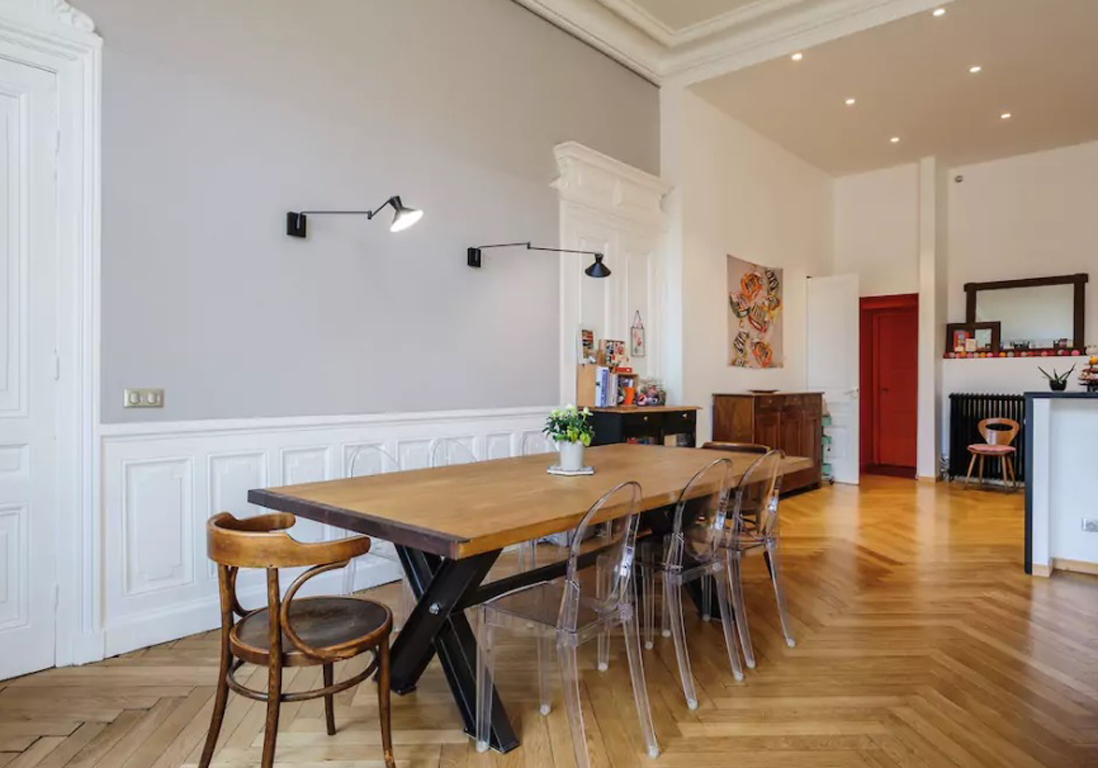 Airbnb lyon 20 appartements lofts et h tels for Appartement style