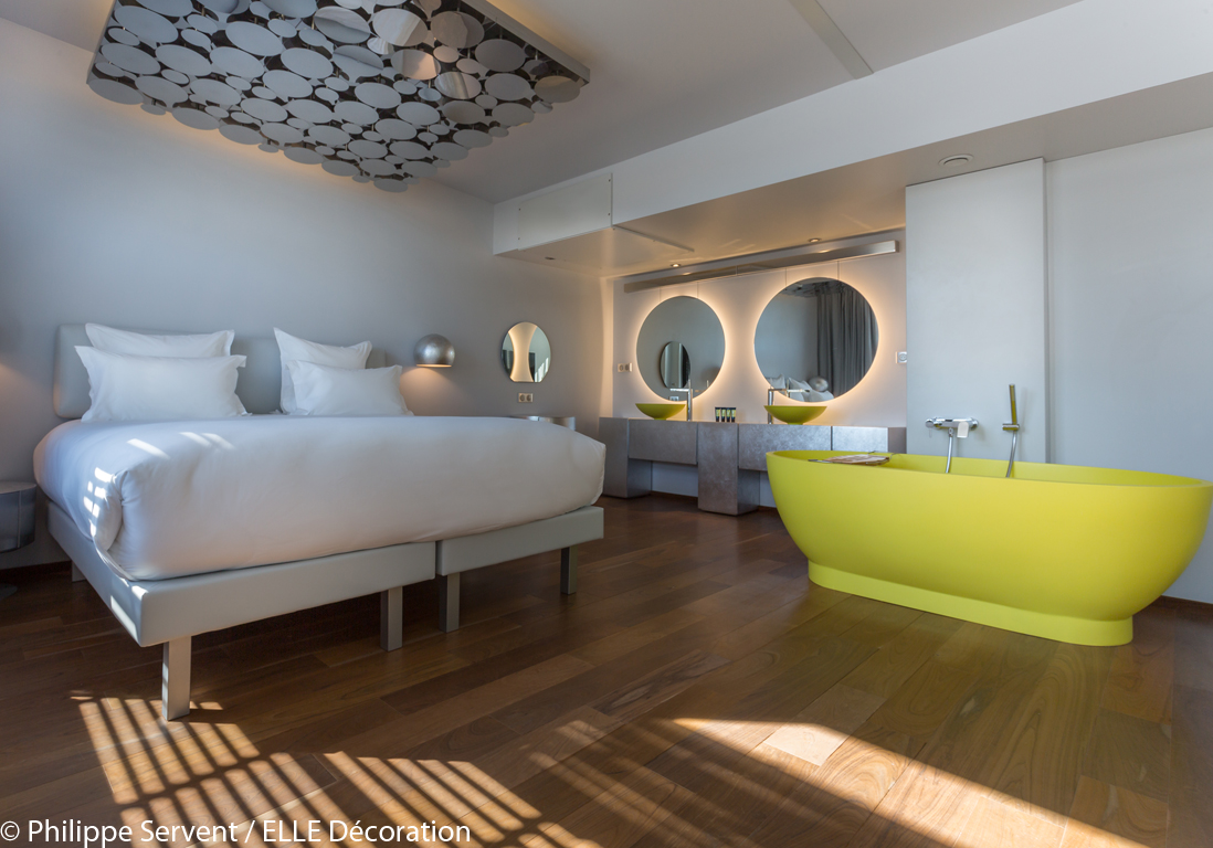 Les 6 h tels les plus chics de paris elle d coration for Chambre d hotel design