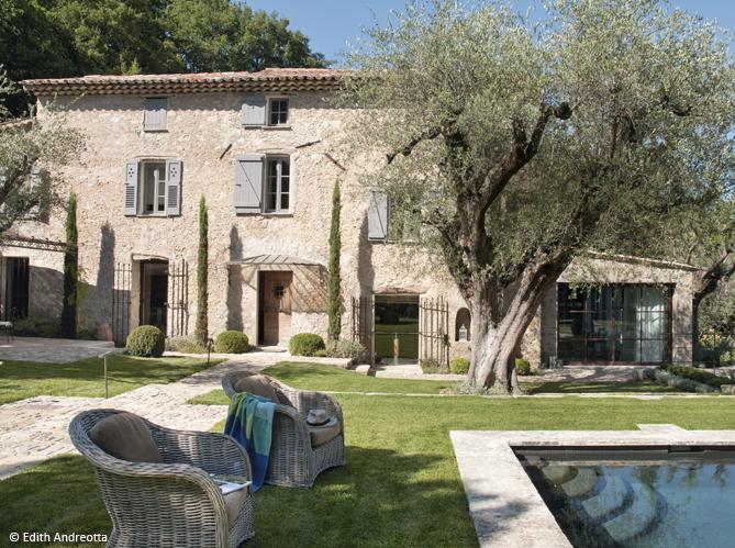 D couvrez les 50 plus belles maisons de vacances en france for Les plus belles maisons contemporaines